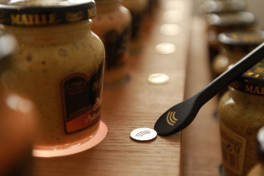 Discover new Maille mustard with a smart spoon